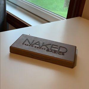Naked Eyeshadow Palette - Basics